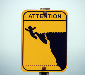 danger-sign-cliff